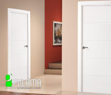 Puerta interior abatible lacada en blanco o carta RAL